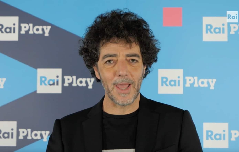 Il farmacista di Max Gazzè a Sanremo 2021: testo e significato di una canzone ironica