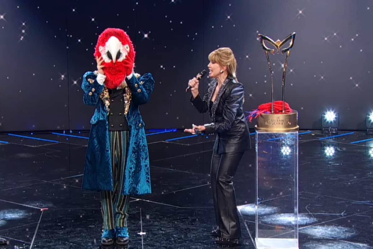 Il Cantante Mascherato 2021: vince Pappagallo, ecco chi erano tutti i VIP finalisti