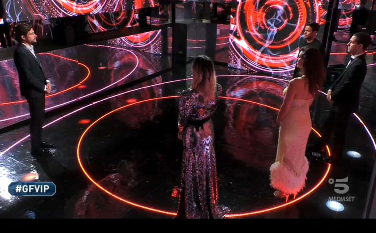 Al GF VIP 5 la finale inizia con la sfida tra Andrea e Tommaso: la scelta di Zelletta