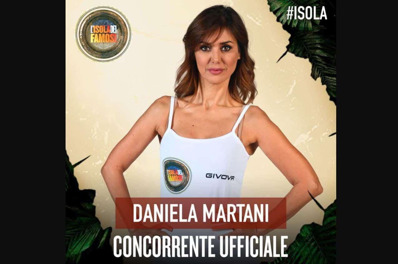 Daniela Martani all'Isola dei famosi 2021: piovono critiche sui social