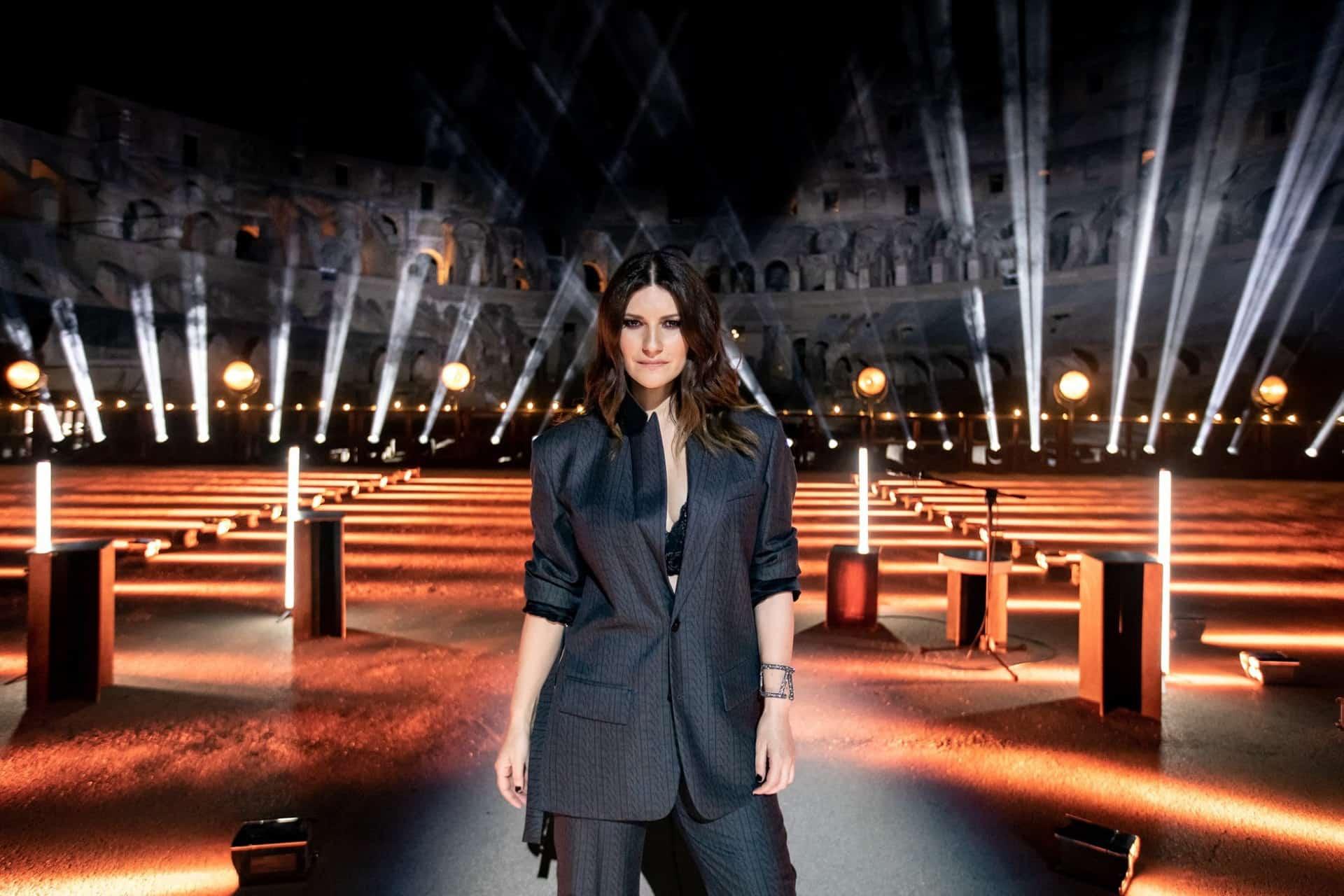 Laura Pausini, Io sì/Seen vince il Golden Globe: la dedica