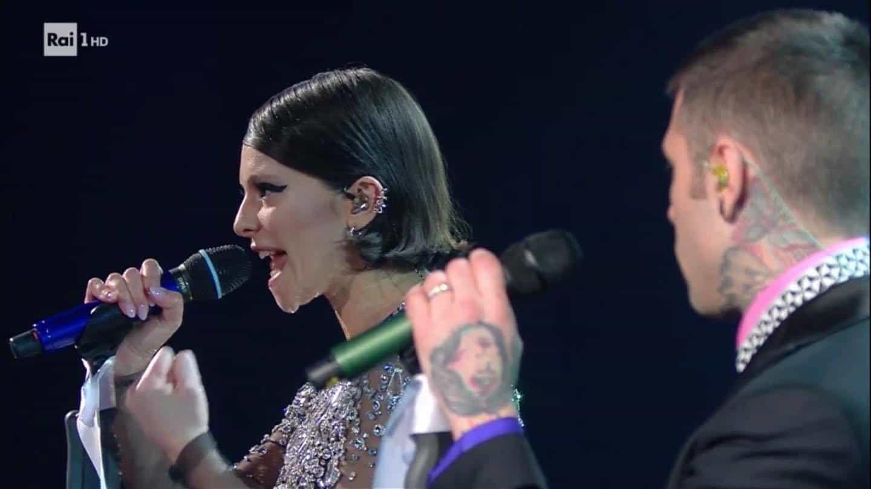 I look delle cantanti di Sanremo 2021: outfit prima serata (FOTO)