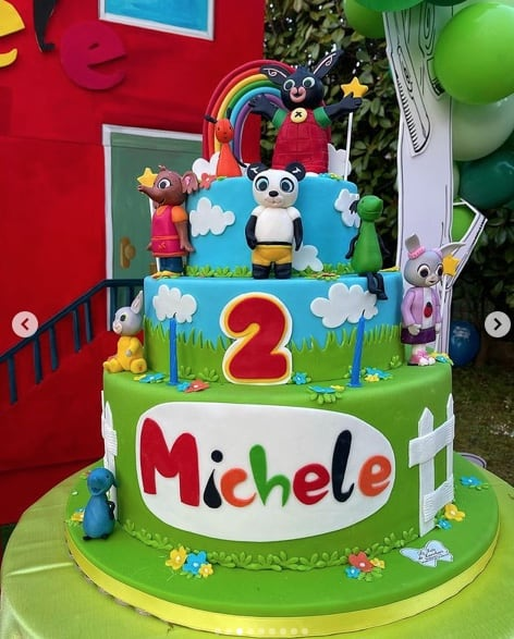 Per il figlio di Paola Caruso festa di compleanno in giardino, Michelino compie due anni (Foto)