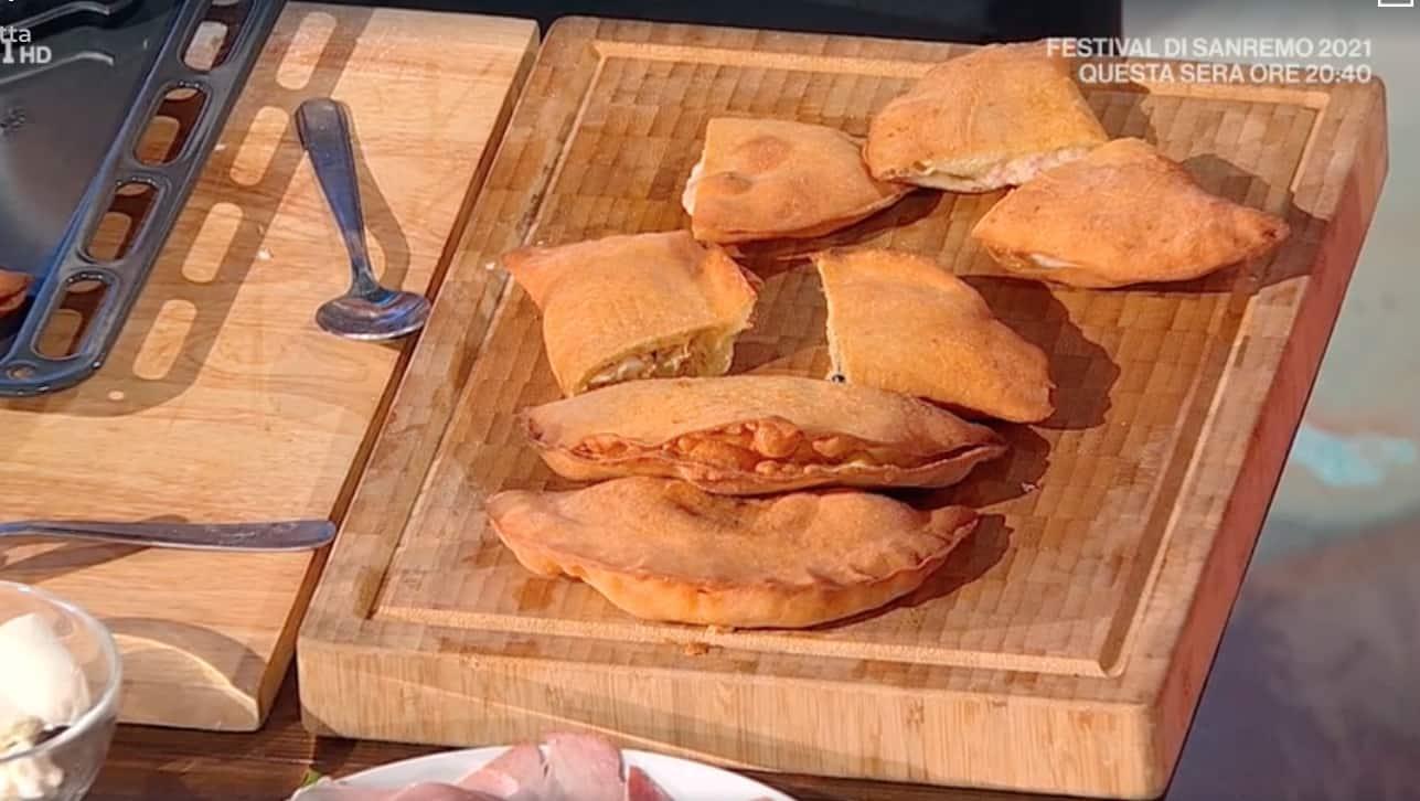 La ricetta dei panzerotti fritti di Fulvio Marino