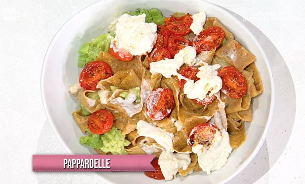 Pappardelle broccoli, branzino e stracciatella è la ricetta di Simone Buzzi