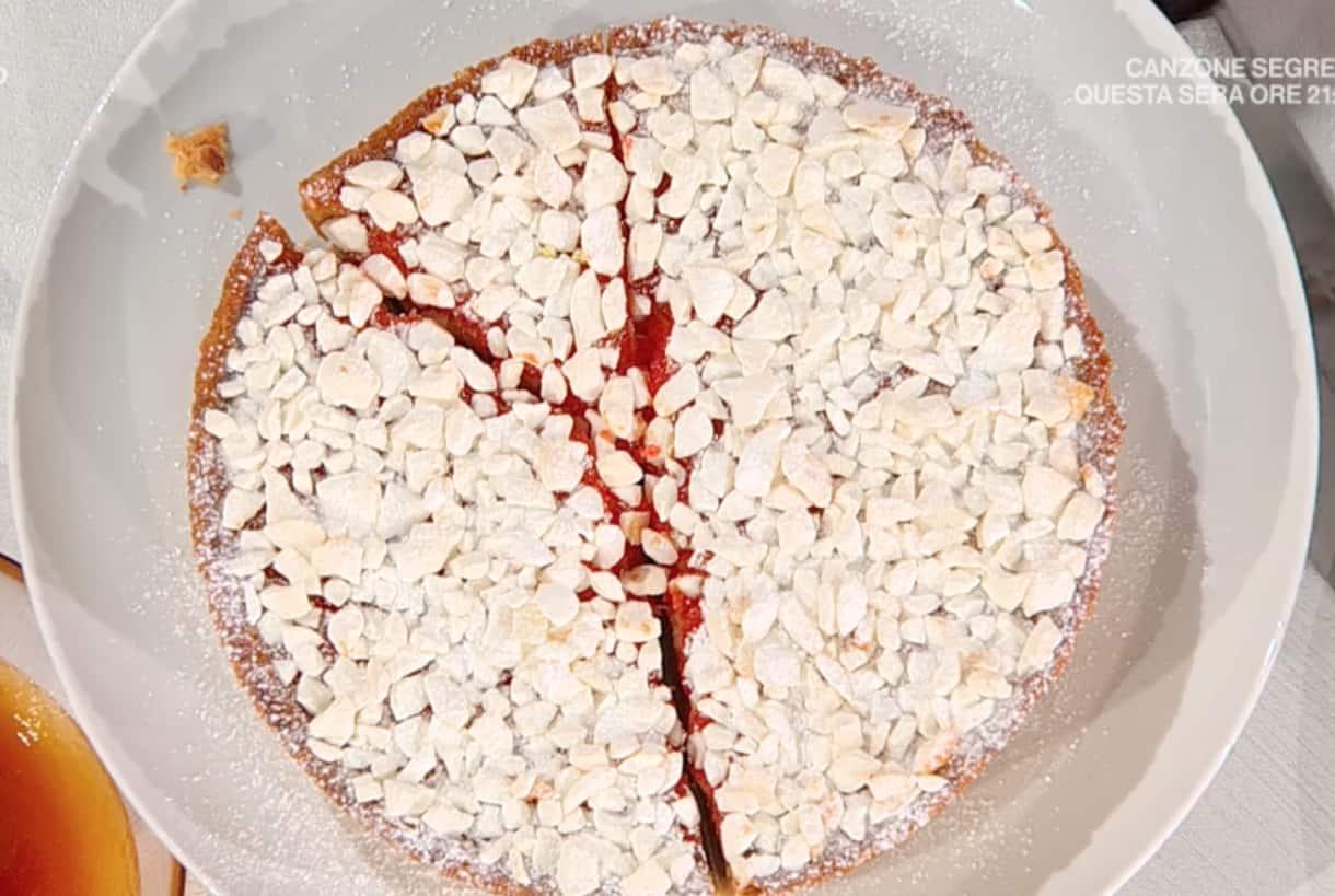 Zuppa inglese cotta in forno, la ricetta di Sal De Riso della torta di oggi