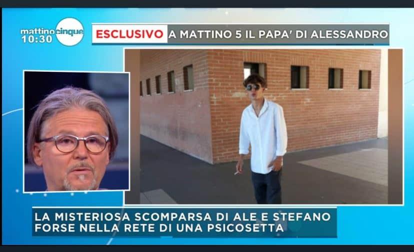 """L'appello del papà di Alessandro Venturelli: """"Facci sapere che stai bene"""""""