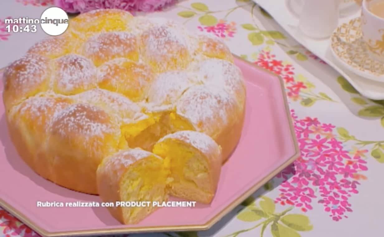 La ricetta della torta brioche alla crema pasticcera