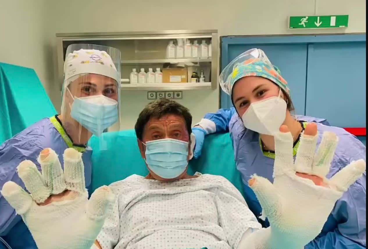 """Gianni Morandi primo video social dopo il ricovero: """"Sono un ragazzo fortunato"""""""