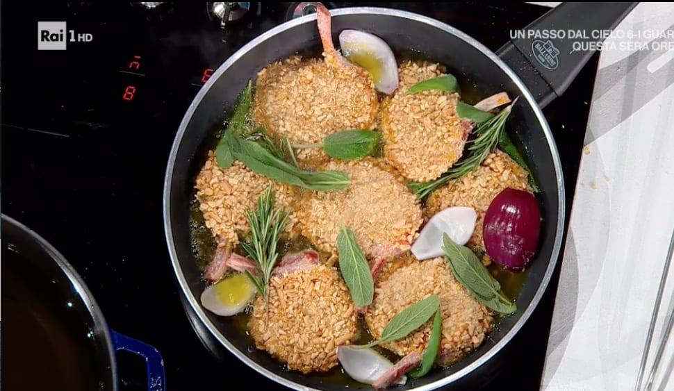 Costolette di agnello con carciofi fritti, la ricetta di Gian Piero Fava