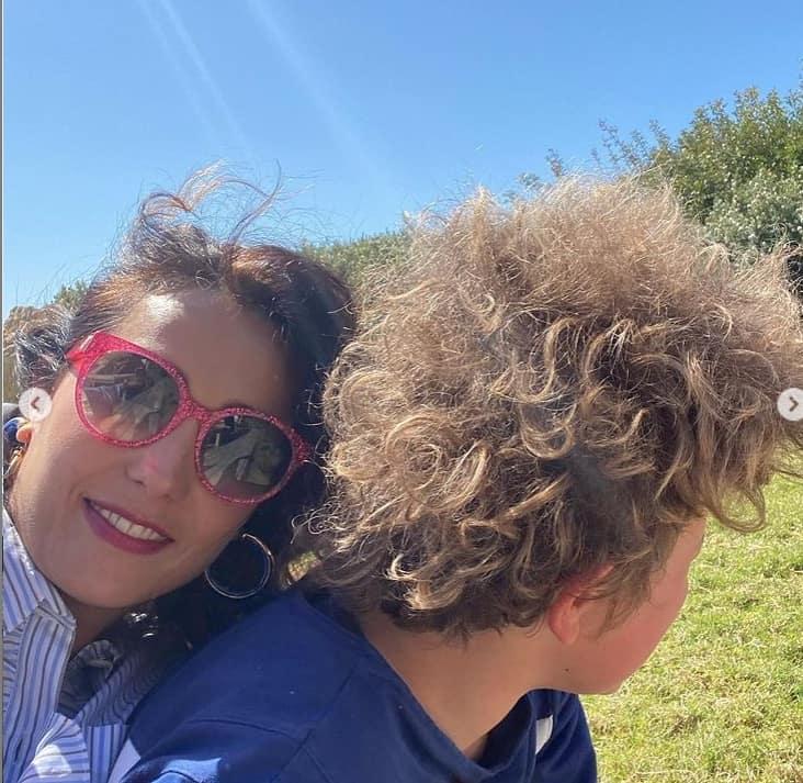 Pasquetta troppo affollata in casa di Caterina Balivo? Pioggia di critiche per la conduttrice (Foto)