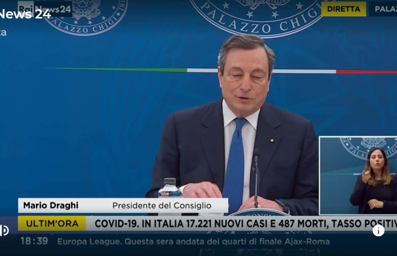 La conferenza stampa di Draghi: favorevoli a riaperture ma senza una data