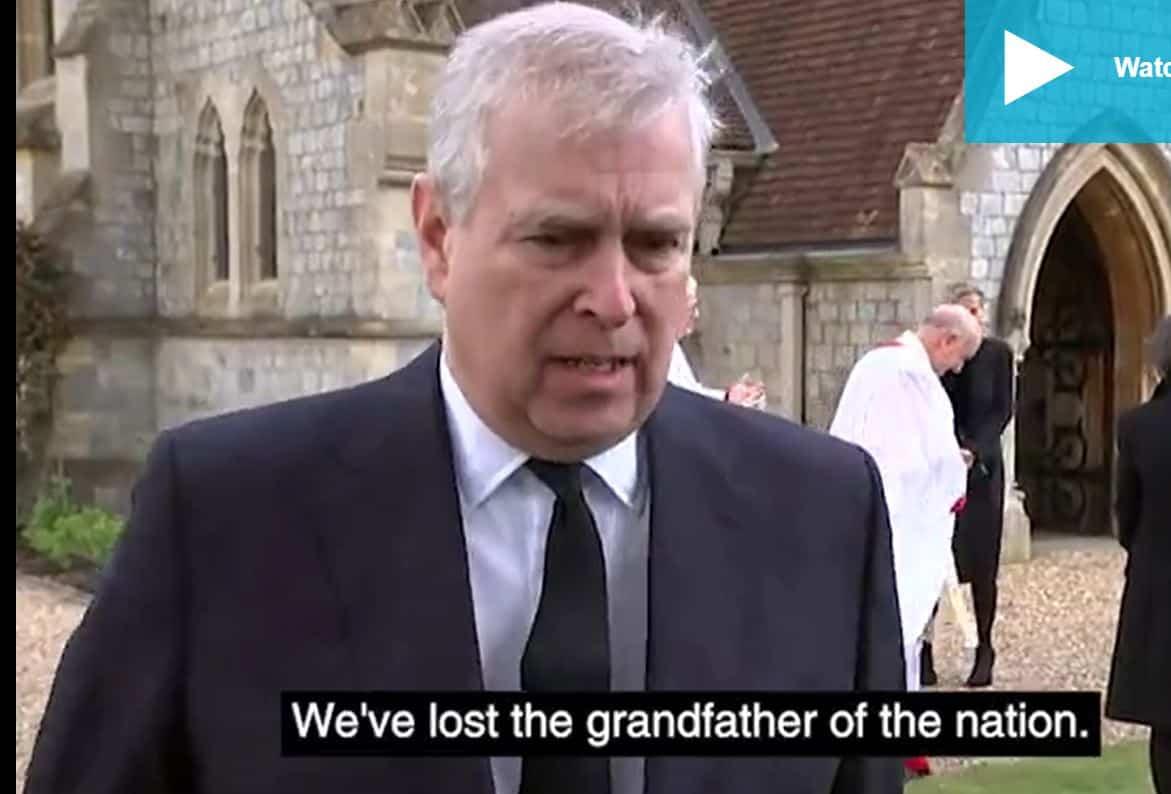Il saluto del principe Andrea a Filippo: la regina ha bisogno della sua famiglia