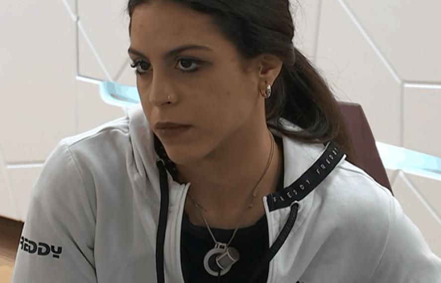 Amici 20, Serena si apre con Maria e racconta la sua storia