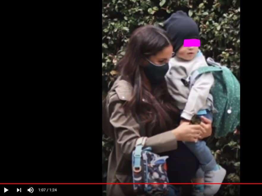Meghan Markle insieme al piccolo Archie: il pancione cresce sempre di più