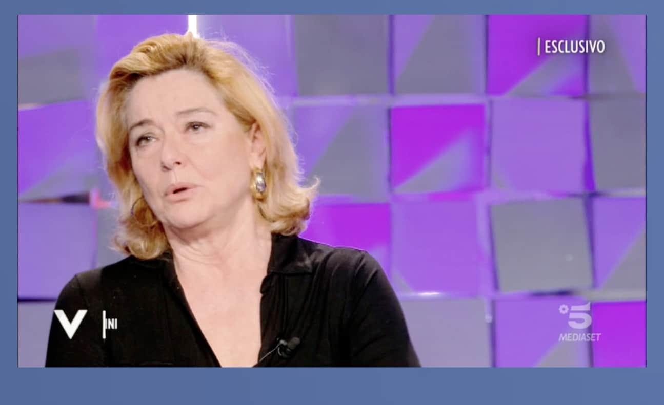 Monica Guerritore racconta del tumore al seno scoperto in tempo