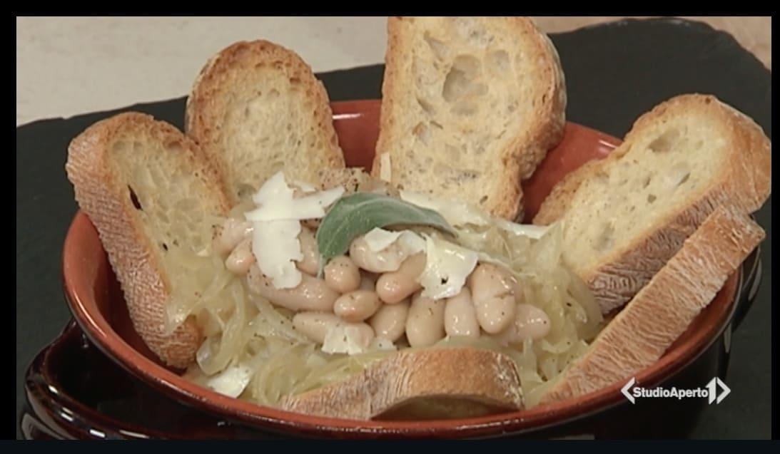 Zuppa di cipolle e fagioli, la ricetta