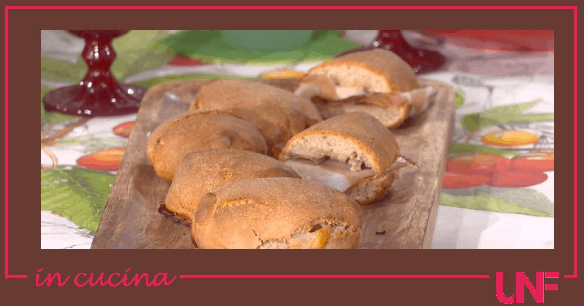 Panini al grano saraceno e formaggi, ricetta Fulvio Marino