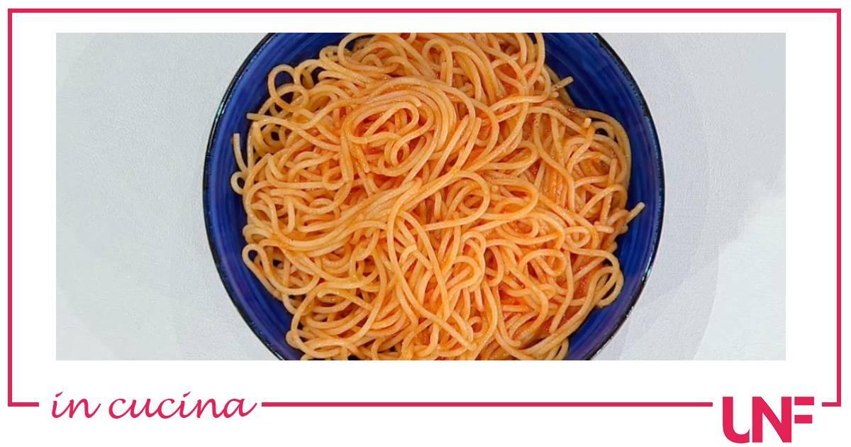 Spaghetti al pomodoro di Cavalcanti, la ricetta di Zia Cri