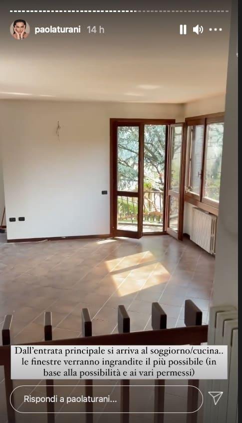 Paola Turani mostra la nuova casa, gli interni tutti da ristrutturare (Foto)