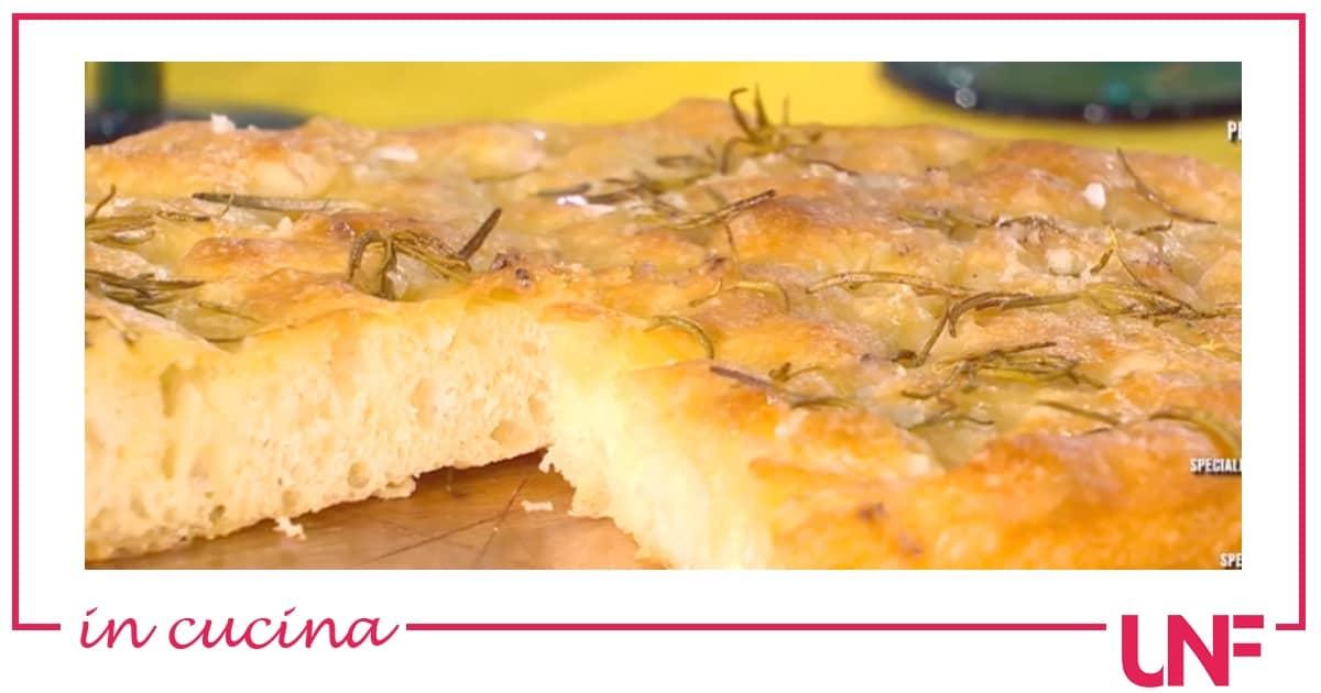 La ricetta della focaccia di semola di Fulvio Marino