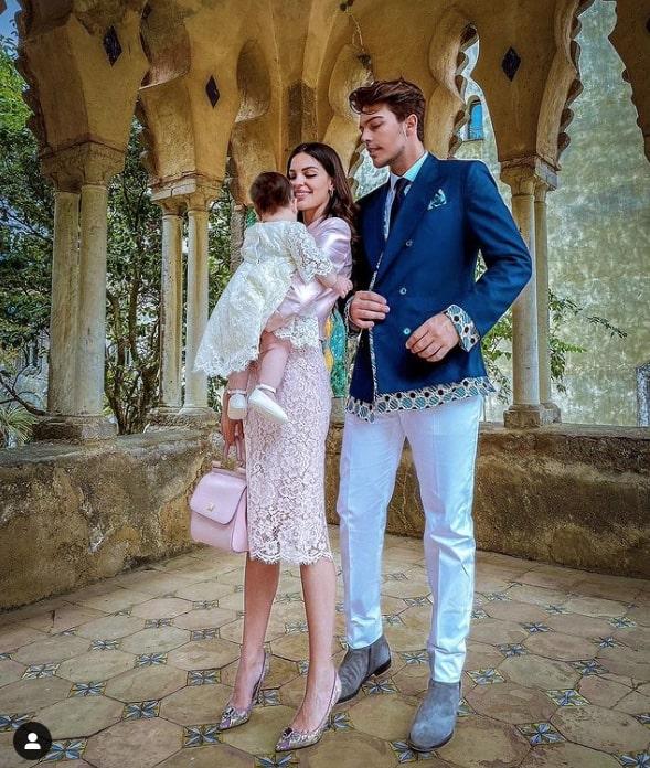 Stash e Giulia festeggiano il battesimo di Grace nella splendida Ravello (foto)