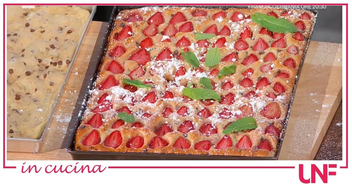 Focaccia cioccolato e fragole, la ricetta di Fulvio Marino