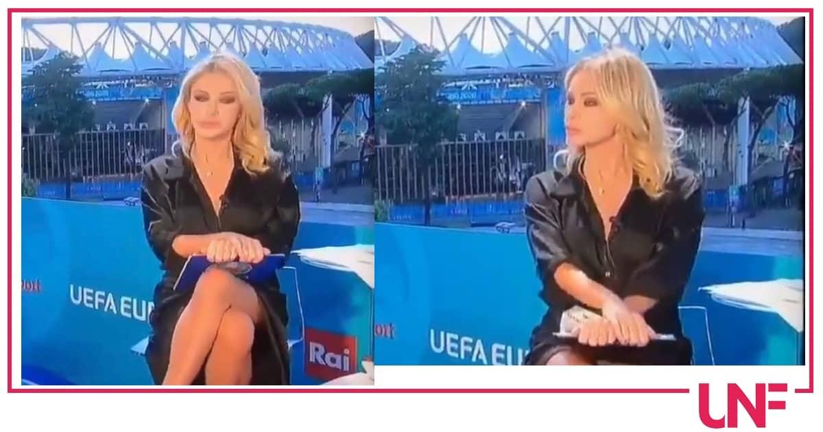 Pioggia di offese social per Paola Ferrari accusata di andare in onda senza intimo