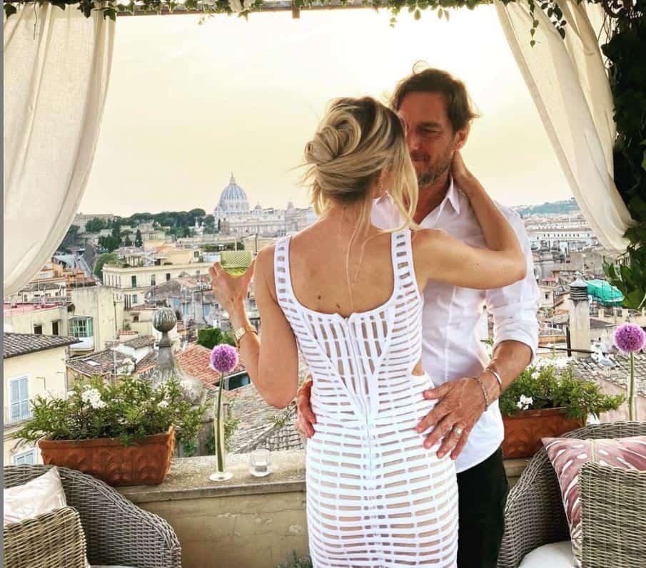 Ilary Blasi e Francesco Totti: 16 anni d'amore celebrati sui tetti di Roma