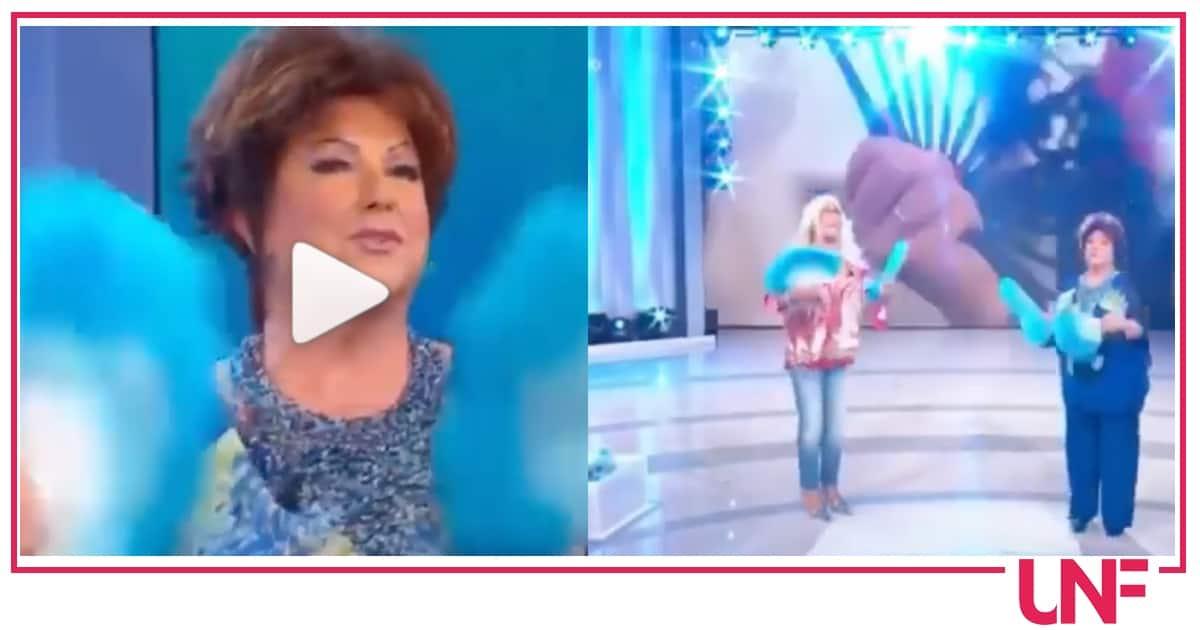 Il balletto di Orietta Berti e Mara Venier, rispondono Fedez e Achille Lauro (Video)