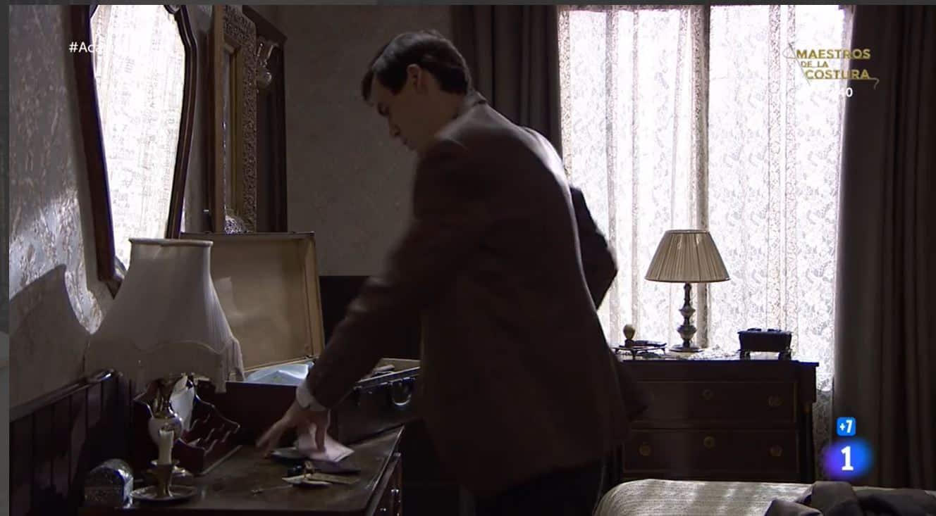 Una vita anticipazioni: Santiago pronto alla fuga, che ne sarà di lui?