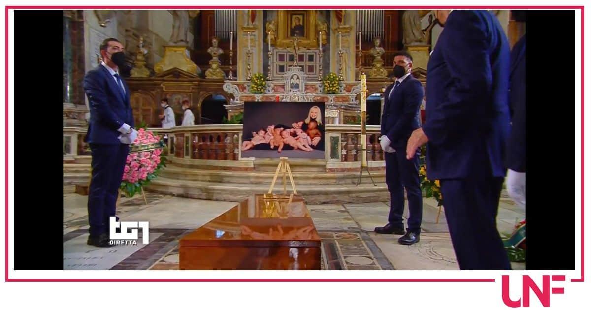 3 milioni di italiani davanti alla tv per salutare Raffaella Carrà