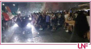 Festeggiamenti per la vittoria dell'Italia, a Milano 3 feriti gravi