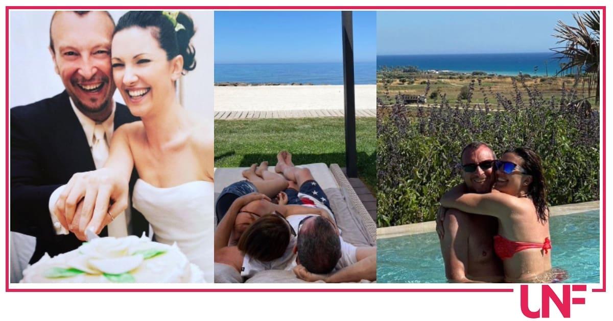 Amadeus e Giovanna Civitillo festeggiano l'anniversario di matrimonio in Sicilia