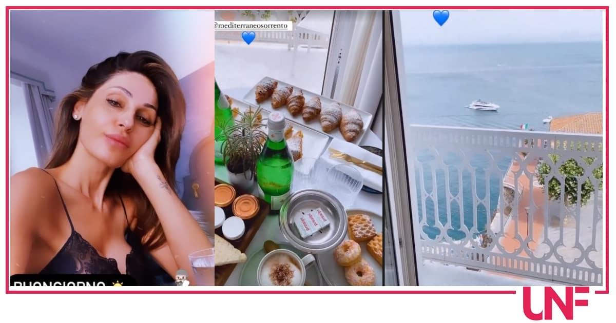 Anna Tatangelo a Sorrento, la colazione ed altri dolci indizi: non è da sola