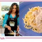 Fatto da mamma: la ricetta della pasta cacio e pepe di Flora Canto e Maria Grazia Cucinotta