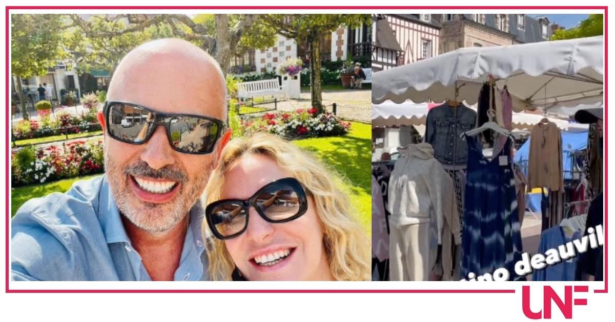 """Antonella Clerici con Vittorio senza trucco: """"E' la mia vacanza ideale"""""""