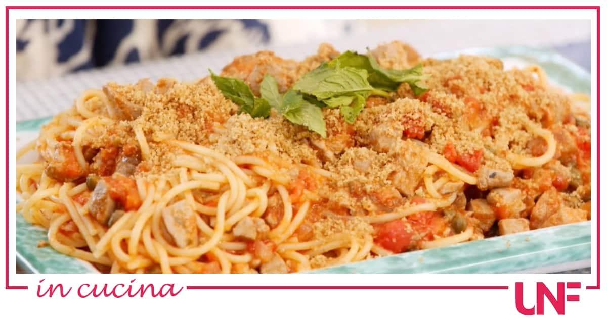 Pasta al ragù di tonno, la ricetta di Giusina in cucina