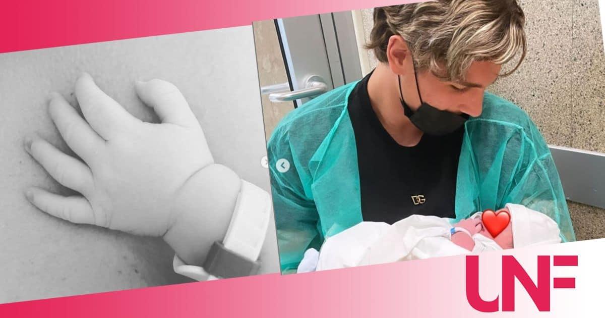 Zaniolo abbraccia il piccolo Tommaso: il calciatore è in ospedale con suo figlio (FOTO)