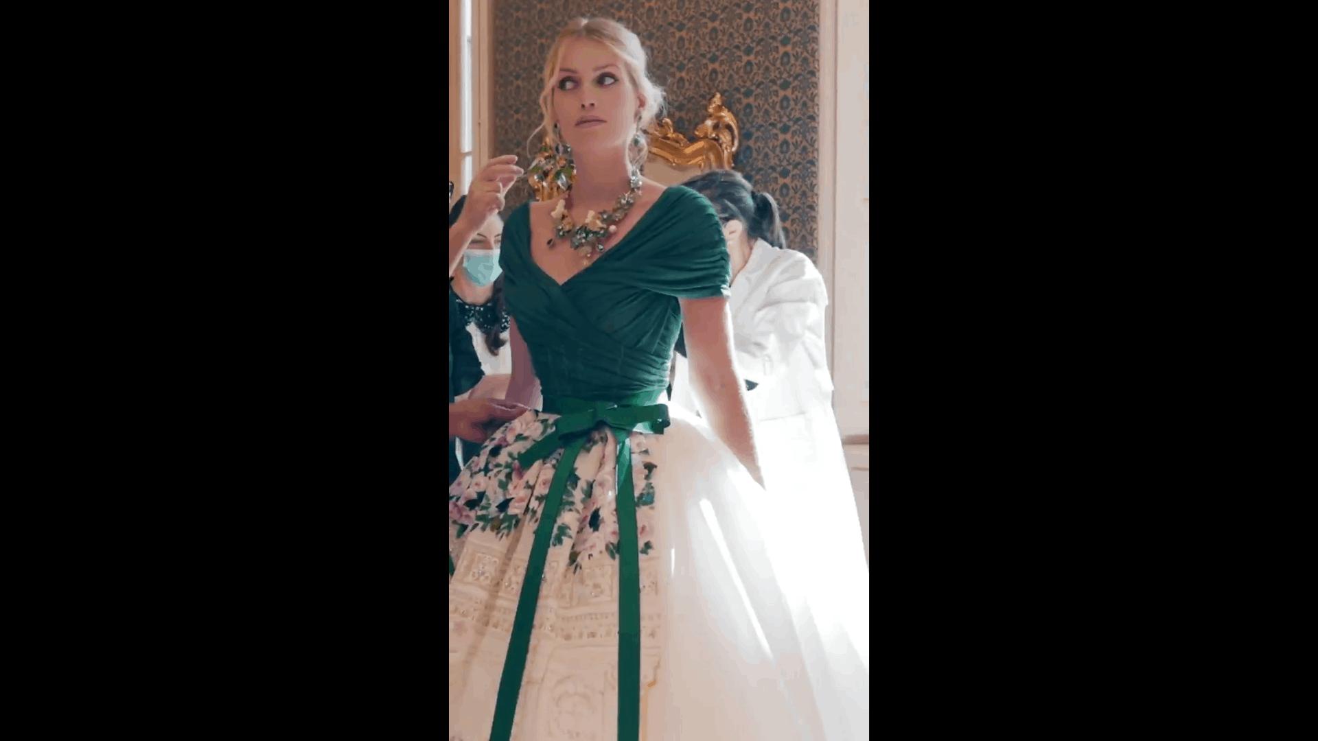 E' meravigliosa Kitty Spencer nel suo abito da sposa firmato D&G (FOTO)
