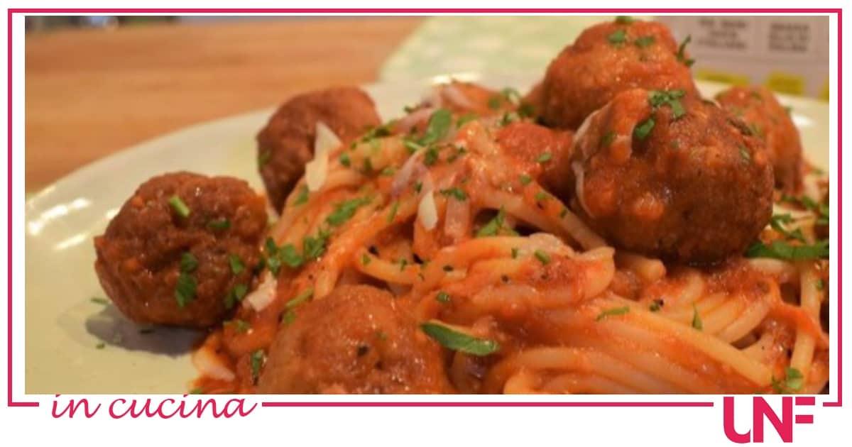 Spaghetti con le polpette, la ricetta speciale di Zia Cri