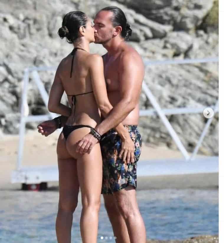 Per Anna Safroncik estate al bacio con il fidanzato misterioso: beccati dai paparazzi (FOTO)