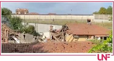Crollo palazzina a Torino: dispersa una bambina di 4 anni