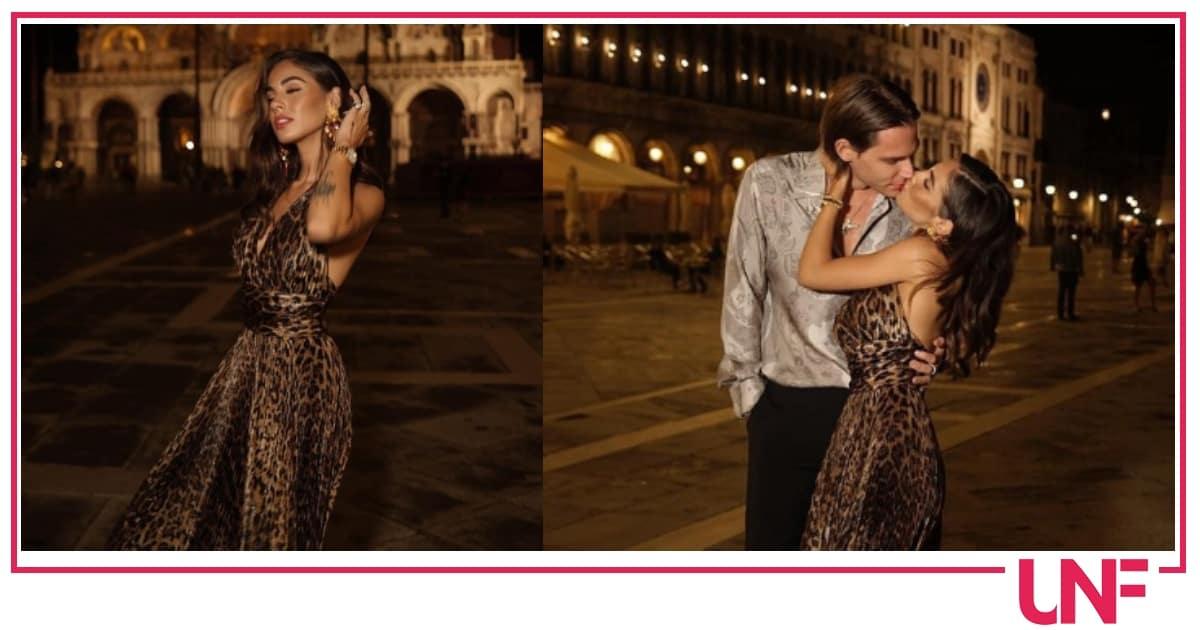 Anche Giulia De Lellis arriva a Venezia: il primo look alla sfilata Dolce e Gabbana