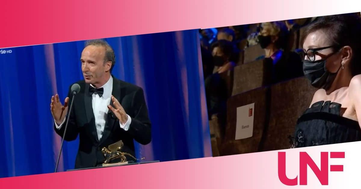 Benigni vince il Leone d'Oro e lo dedica a sua moglie: le parole d'amore più belle