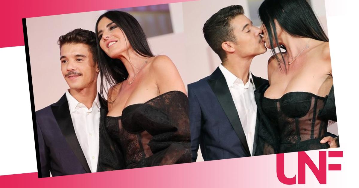Moreno ricompare a Venezia con la sua fidanzata: effusioni bollenti sul red carpet