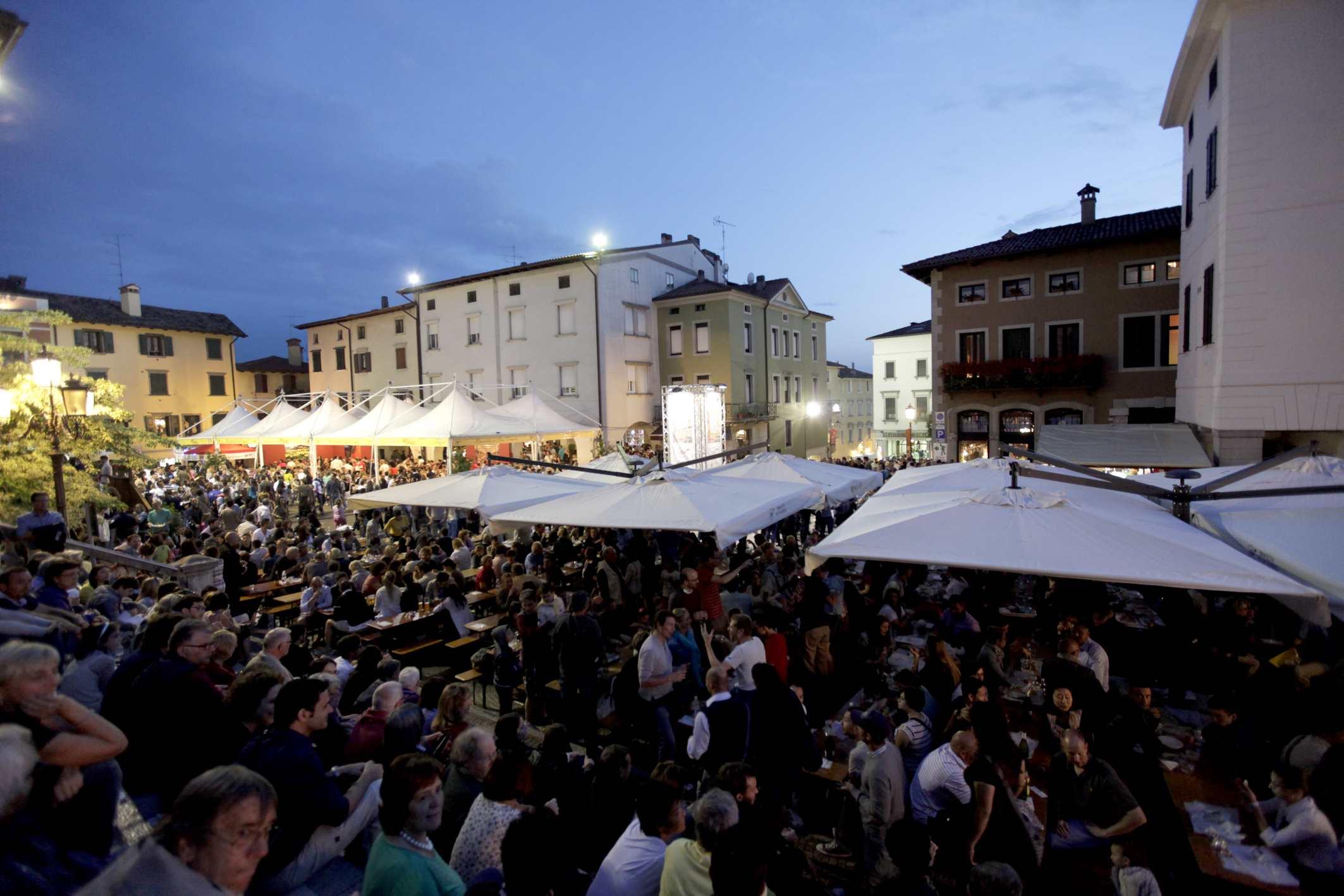 San Daniele del Friuli, turismo da record ad agosto tra storia, food ed eventi