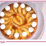 Torta soffice alle pesche e meringhe, la ricetta dolce di Zia Cri