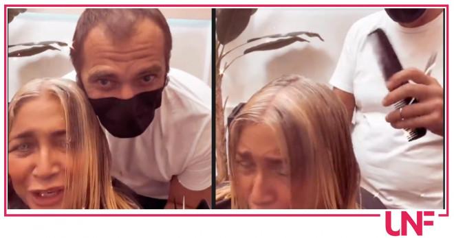 Mara Venier parrucchiere taglia capelli